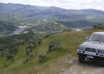 Tora 4wd track ridge views